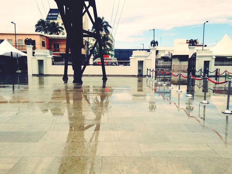 La ultima foto en el Mexican Navy Museum Veracruz !!! Mañana de regreso a las capital !!! Gran semana veracruzana !! Water Reflections Sky And Clouds