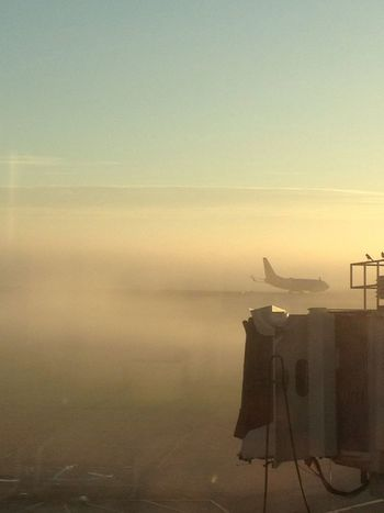 Southwest Boeing 737 takes a right turn in the fog.