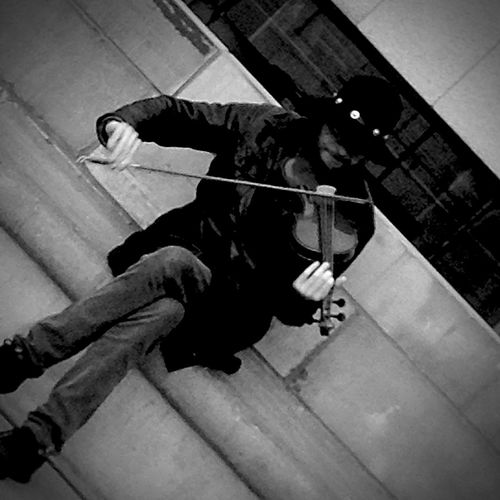 Just play your music Street Photography Music Street Artist Street Art Violoncello Tourists Brussels Montdesarts Blackandwhite Wandering Lifestyle Freedom Freemind  Urbanphotography Urbanexploration Music Is My Life Sitting Capital Cities
