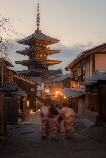 Yasaka Pagoda, Kyoto, Japan Architecture Built Structure Building Exterior Religion Building Spirituality Real People Belief Women Sky Adult Place Of Worship Illuminated Men City Group Of People Lifestyles Togetherness Dusk Outdoors Positive Emotion