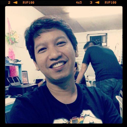Sir Ricky Long time no see...nang epal lang sa faculty :D Aclc School Prof