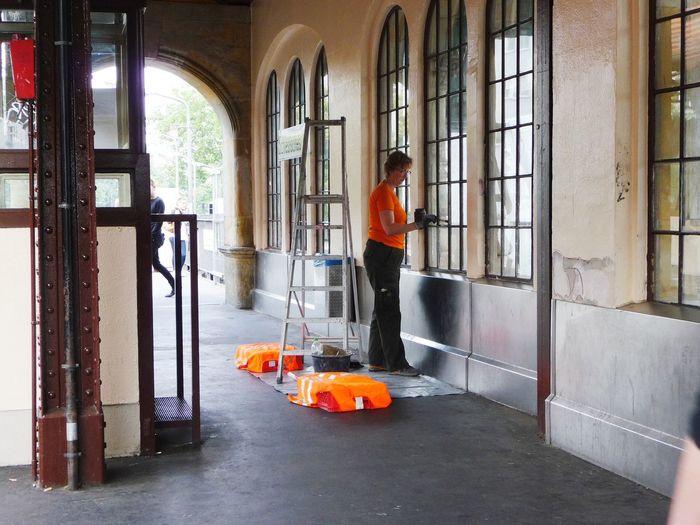 GERMANY🇩🇪DEUTSCHERLAND@ 2013 July Berlin Kreuzberg Kreuzberg Station Train Station Schlesisches Tor Working Streetphotography