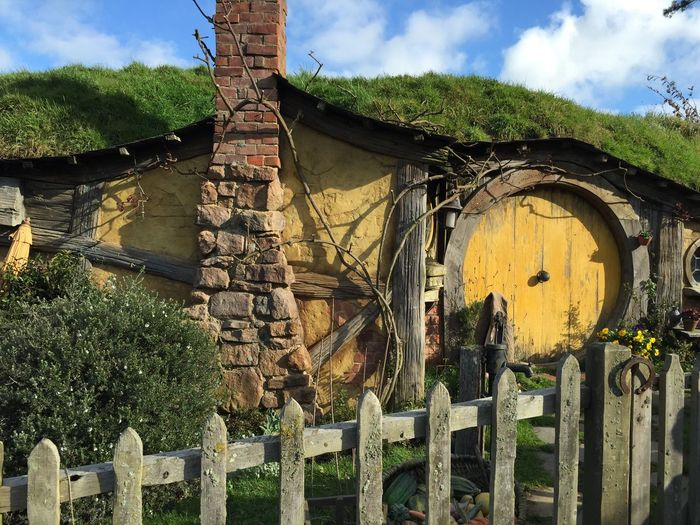 Hobbiton Hobbit House New Zealand Lord Of The Rings