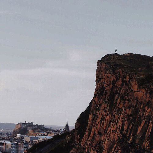 The best views come after the hardest climb. Showcase: DecemberrCheck This OuttExploreeScotlanddChristmastimeeAdventuree