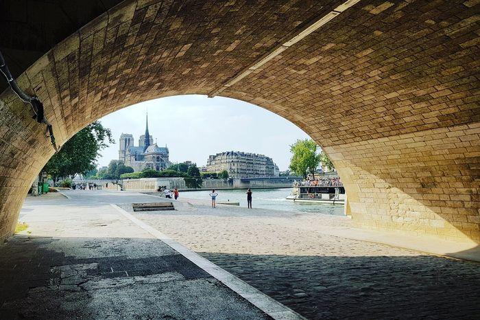 Underthebridge IleDeLaCite Laseine Seineriver Notredamedeparis Notredame Paris Parisjetaime Paris ❤