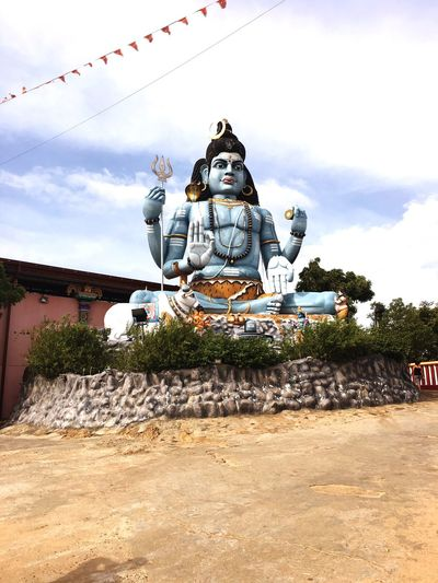 Koneshwaram temple trincomalee SriLanka God Koneshwaram Statue Sculpture Male Likeness Human Representation Sky Cloud - Sky Religion