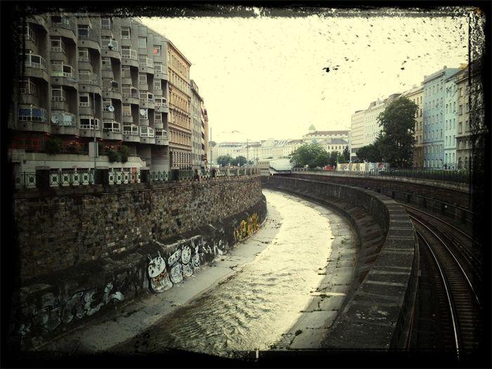Good Morning, Vienna!