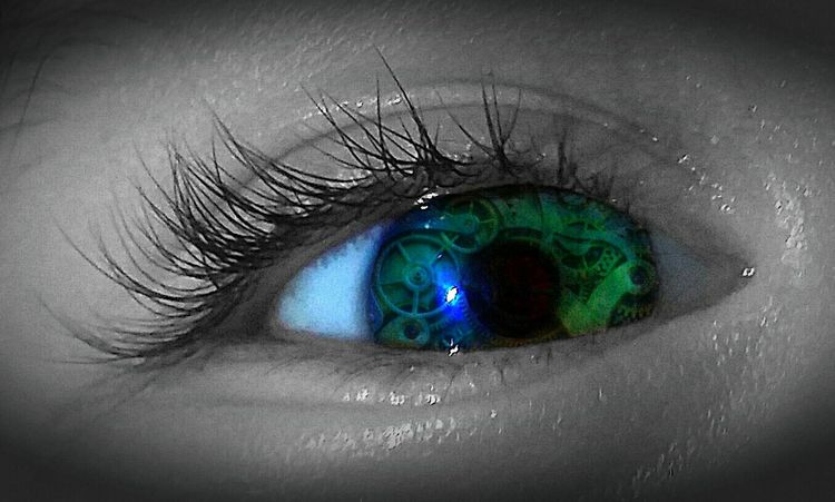 Eye Eyes Eye For Photography Blue Eyes Green Eyes Blue Green Eyes Clockparts Gears Reflection Reflection In Eyes Blue Green  Eye Lashes Close-up Macro_collection Macro Photography Creative Design Watching The Clock Looking Into The Eyes Visionary Eye Visionary Artistic Expression Artistic Photo Photo Manipulation Sprocket Mechanical