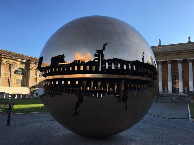 Sfera Con Sfera Arnaldo Pomodoro Sphere Within Sphere Sphere Within A Sphere Vatican Museum