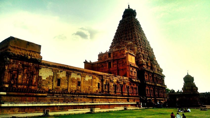 Architecture History Travel Destinations Built Structure Tourism Travel Old Ruin Building Exterior Ancient Outdoors City Grass Ancient Civilization Big Temple Tanjore Tamilnadu India Vacations Monument Travel Architecture Archaeology Place Of Worship
