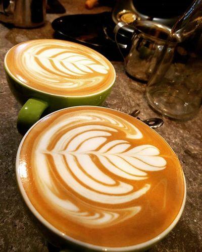 长江后浪推前浪😂Coffee Coffeeinloft Cafe Bpcafe Batupahat Latte Latteart Freepour Coffeelover Caffeine MondayMotivation Chill
