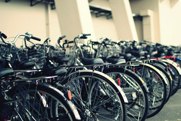 試行錯誤中 Bycicles No People Parking Stationary Check This Out EyeEm Gallery