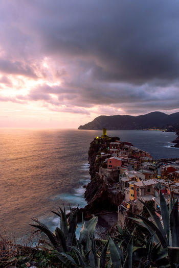 Sunset in Vernazza, 5 Terre 5 Terre 5 Terre,italy 💗 Architecture Nature Sunlight Tranquility Beauty In Nature Building Exterior Built Structure Cloud - Sky Day Horizon Over Water No People Outdoors Scenics Sea Sky Sunset Sunsets Tranquil Scene Water