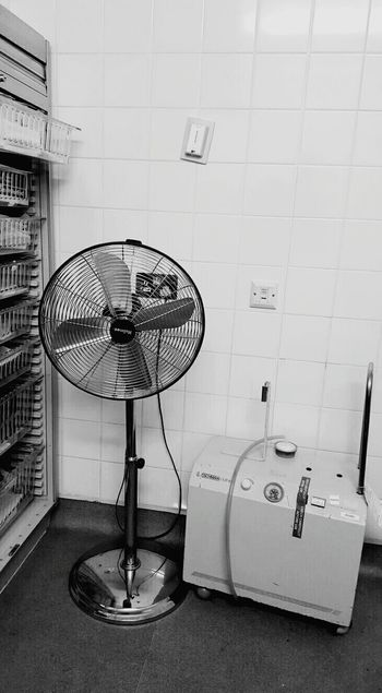 Hospital Darkness And Light Metal Clinical Clinic Electric Fan Electricfan No People Blackandwhite Black And White Black & White Blackandwhite Photography Black&white B&w Black And White Photography B&w Photography