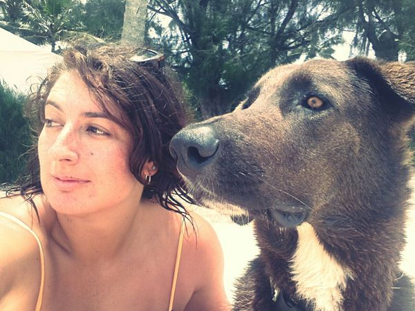 Muri beach hangs with Bruno the resident beach pup!