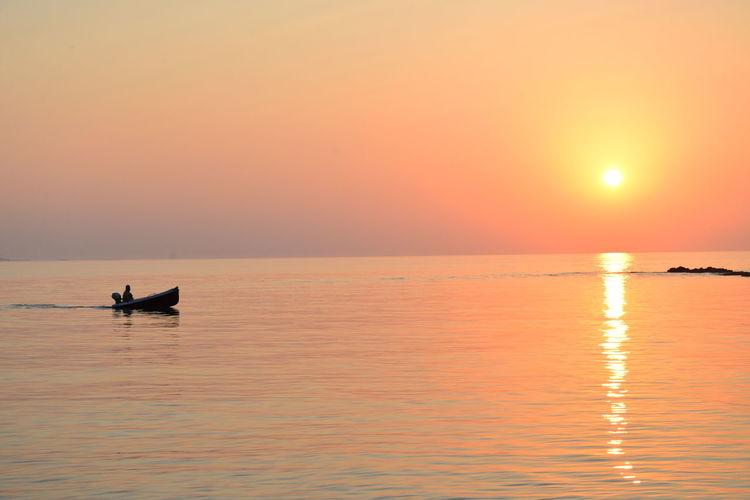 Relaxing Sunlight Weekend Boat Fisherman Sea Sun Sunset Sunshine My Best Travel Photo A New Beginning