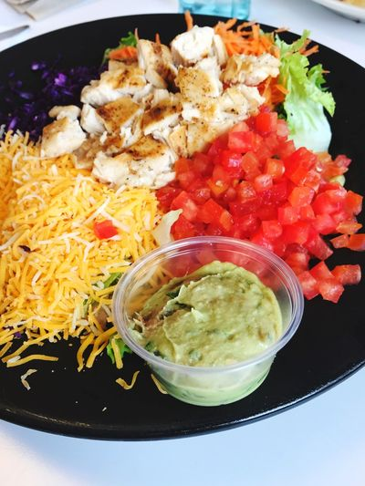 Side of guacamole with a salad Healthy Eating Guacamole Chıcken Chicken Meat Salad Freshness Indoors  Serving Size Ready-to-eat Healthy Eating