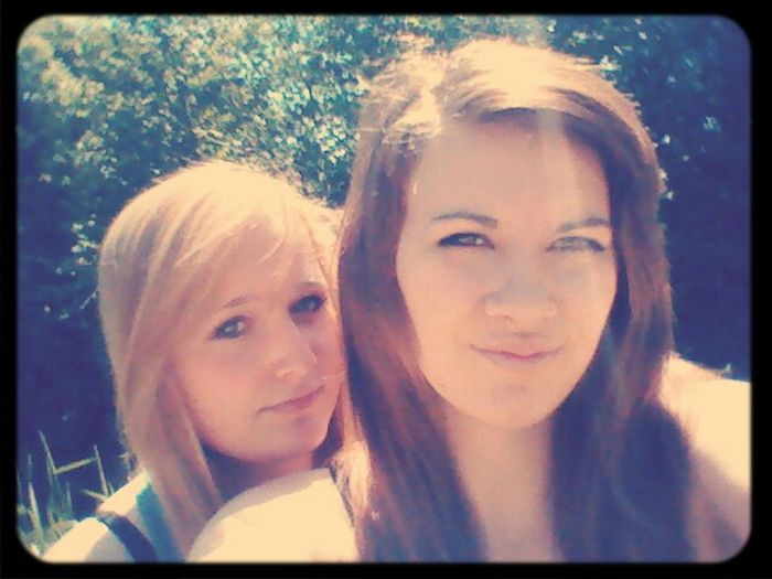 <3 Best Friends No ! More Like Sisters