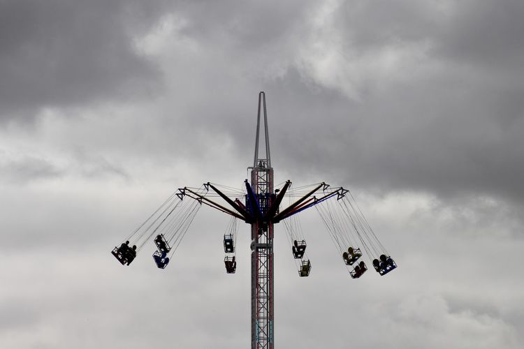 Amusement Park Amusement Park Ride Cardiff Cardiff Bay Chain Swing Ride Cloud - Sky Day Enjoyment Fairground Leisure Activity Outdoors Overcast Ride Sky Spinning Tall - High
