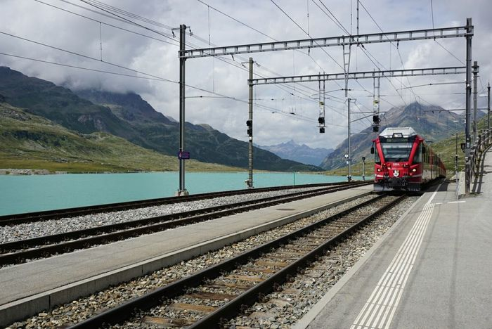 Station Alpine Lake Redtrain Rhätische Bahn Mountains Traveling Transportation Grigioni Outdoor Experience Nofilter Switzerland Sony A6000 Outdoor Photography Colours Of Life Bernina Alps Alpen Summer Views Train Station Train Noedit