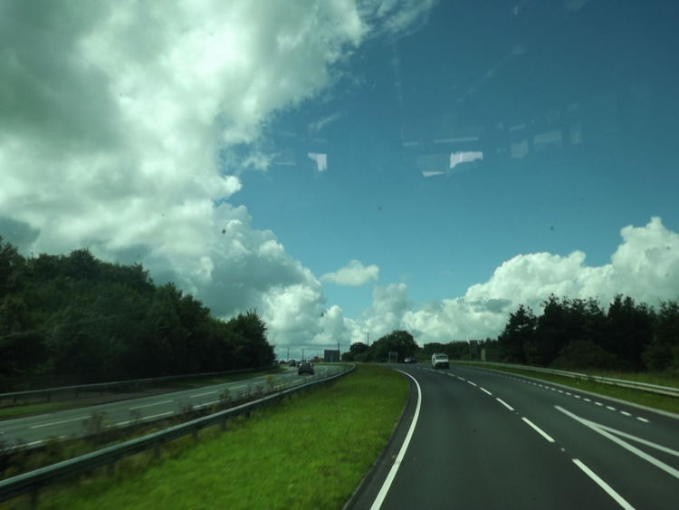 Cloud - Sky Diminishing Perspective No People Outdoors Road Road Marking Sky The Way Forward Transportation White Line