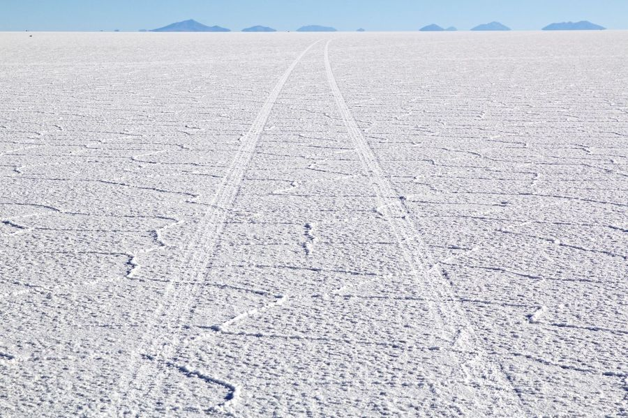 forward Blue Bolivia Canon The Great Outdoors - 2016 EyeEm Awards Canonphotography Day Landscape Landscape_Collection Landscape Photography LINE Lines Lines And Shapes Nature No People Outdoors Salt Salt Lake Sky The Way Forward Tranquil Scene Tranquility Uyuni Vanishing Point Way White The Great Outdoors 2016 Finalists