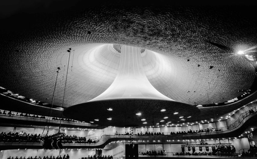 Reflektor... Arc Bw Architecture Built Structure No People Indoors  Lighting Equipment Night Low Angle View Reflection Arts Culture And Entertainment Ceiling Light Travel Destinations City Nature Bnw_collection Bnw_captures Bnwphotography Blackandwhite Architectural Feature Sound Concert Concert Hall