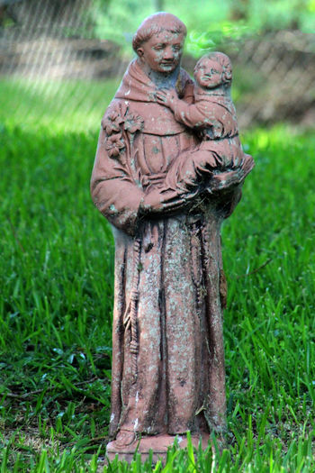 Our protector Garden Statue Grass Green Color Lawn Ornaments Nature Protection St Anthony Statue Investing In Quality Of Life