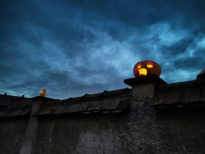 Happy Halloween! 🦇🎃💀 Halloween Pumpkin Pumpkins Dark Scary Wall Wall - Building Feature Old Wall Dark Clouds EyeEm Masterclass Culture And Tradition Jack O Lantern Jack O' Lantern Trick Or Treat