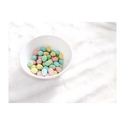 Mini eggs! Yummy Food Foodporn Cadburyminieggs Candy Sweets Foodphotography Bright