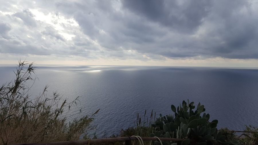 Cloud - Sky Scenics Outdoors Beach Horizon Over Water Sky Beauty In Nature Vacations