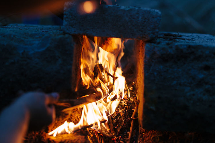 Bonfire Burning Close-up Fire - Natural Phenomenon Flame Heat - Temperature Log Nature Night Outdoors Preparation  Real People Wood - Material