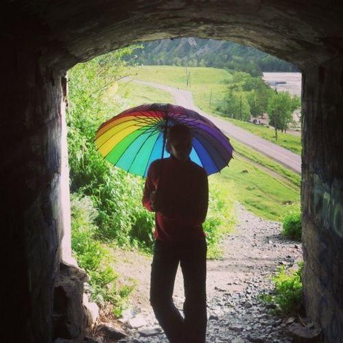 Немного радуги) Горный_Алотай горы туризм штольня хорошеенастроениехорошийденьуменясегоднядождикприродарадугазонтик