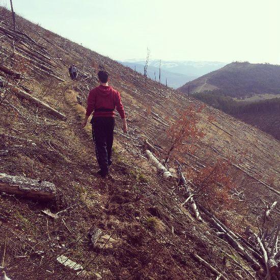 Passeggiata Montagna Sentiero Laquila monte valle