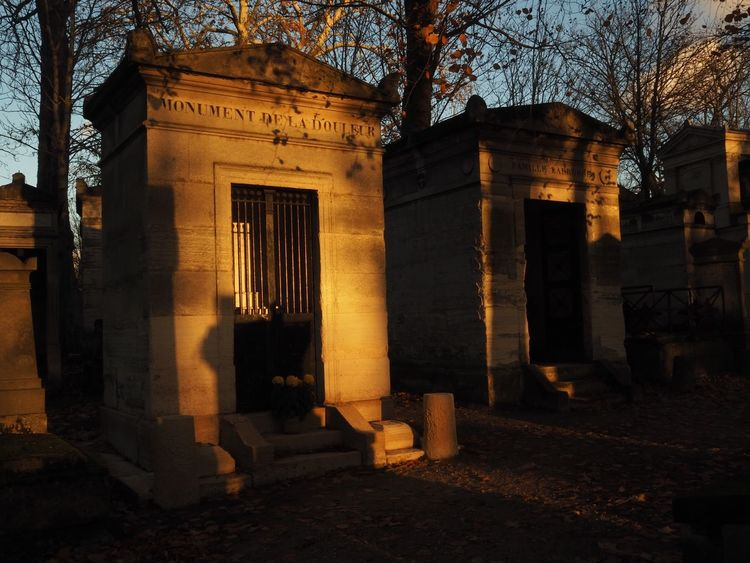 Monument de la douleur Cemetery Cemetery Photography Architectural Column Architecture Building Exterior Gold Lights Light And Shadow No People Sunset