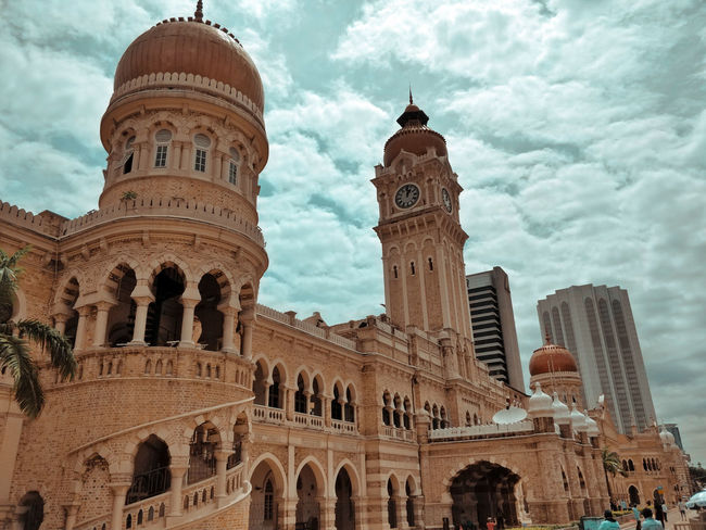 Dataran Merdeka City Politics And Government Dome Place Of Worship Religion Sky Architecture Building Exterior Built Structure Cloud - Sky Historic Arch Arcade Archway Civilization