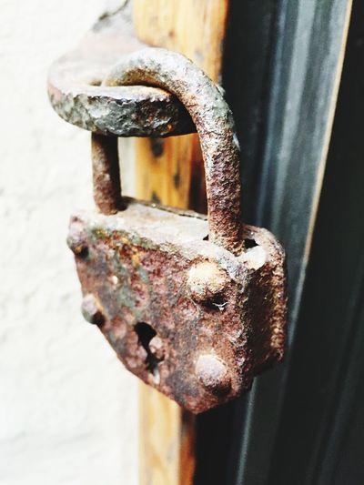 EyeEm Selects Metal Security Lock Rusty Padlock No People Close-up Long Time Ago Long Time Old