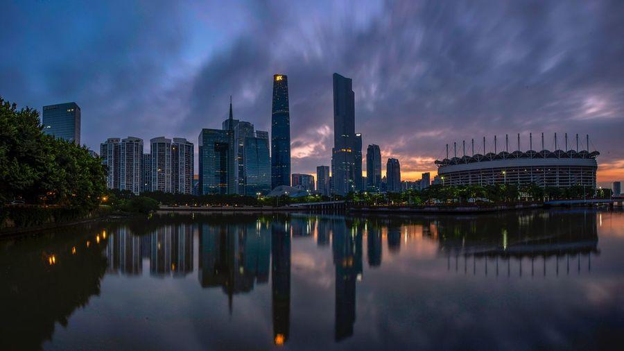 好心情(1) EyeEm Selects Building Exterior Architecture Water Built Structure Sky Building