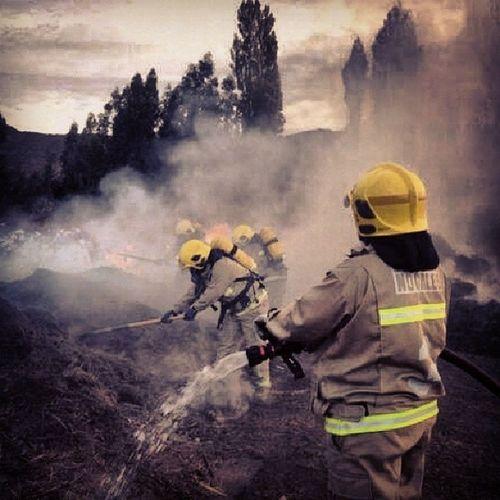 cumpliendo mi voluntariado de bombero BomberosDeChile Instabombero Bomberovoluntario 3ra firefighter Fire InstaFire Nogales