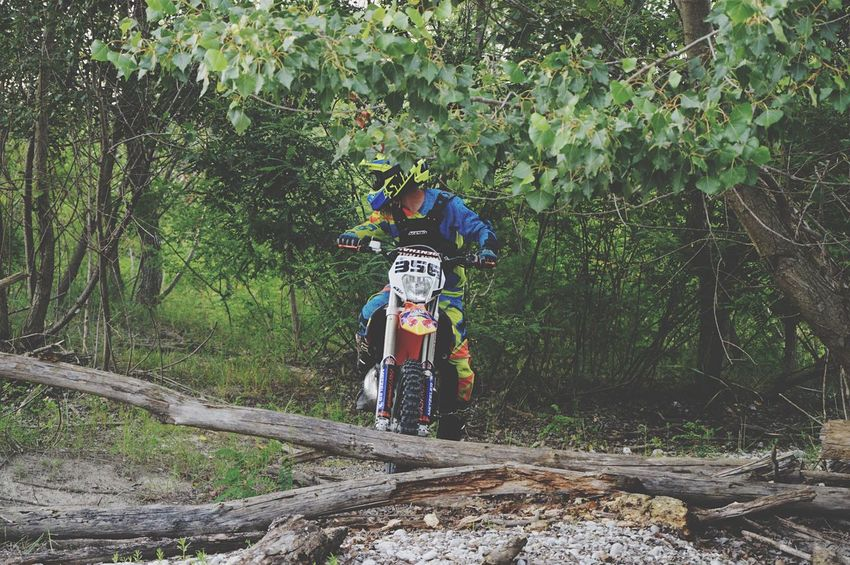 Enduro Lifestyle Enduro Enduro Racing Ktm Cross Pastro356 EyeEm Selects Plant Tree Growth Day Real People Nature Protection Transportation Leisure Activity Lifestyles Men Forest Security Green Color Outdoors Mode Of Transportation People Land Rear View Land Vehicle