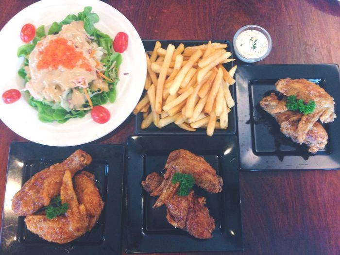 Khonkaen Thailand Reviewkhonkaen Reviewesan Fried Chicken Eating French Fries A Taste Of Life