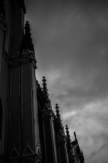 Architecture History Travel Destinations Built Structure Building Exterior Low Angle View Architectural Column Outdoors Day No People Statue Sky City Church Architecture Church Bnw_friday_eyeemchallenge Bnw_society Bnw_friday_challenge Streetphotography Bnwphotography Bnw Photography Bnw_life Bnw_collection Bnw_shot Street Black And White Friday EyeEmNewHere See The Light EyeEm Ready   The Graphic City Stories From The City Adventures In The City