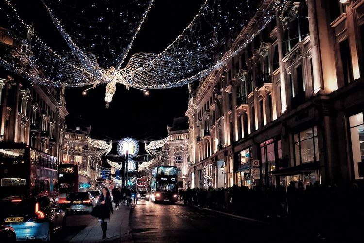Stand out from the crowd Night Illuminated City Architecture Building Exterior Christmas Lights Built Structure Travel Destinations Crowd Christmas Christmas Decoration People City Skyline Neon Shopping City Life Street Photo Streetphotography Street Photography Streetphoto Tourist Attraction  Real People Regent Street  Christmas In London