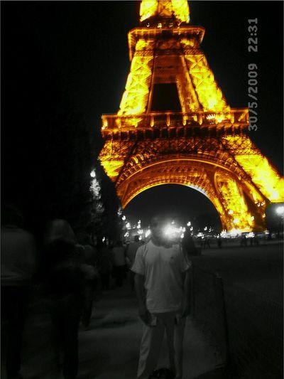 Parigi Illuminated Architecture Night Tourism Vacations Relaxing Architecture Watching Tourist Hello World First Eyeem Photo