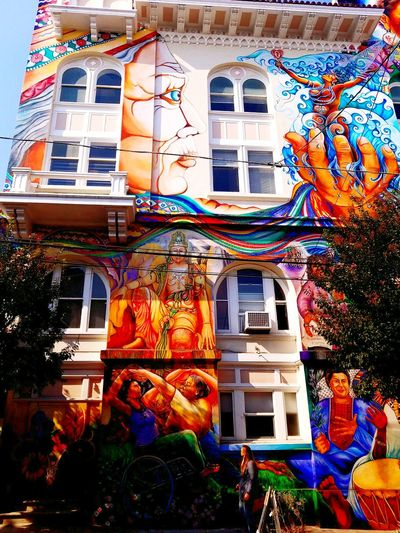 San Francisco Cultural Art ArtWork Artworks Haight Ashbury EyeEm Selects Building Exterior Architecture Multi Colored Built Structure Outdoors Day Window No People