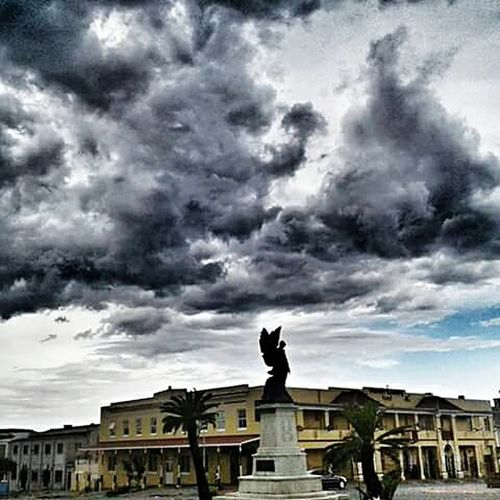 When the heavens opened☁☁☁ Mycity Grahamstown RainyDays Cloudy Sky 💙 Dramatic Sky Outdoors Beauty In Nature Dark Cloudyday Clouds Cloudy