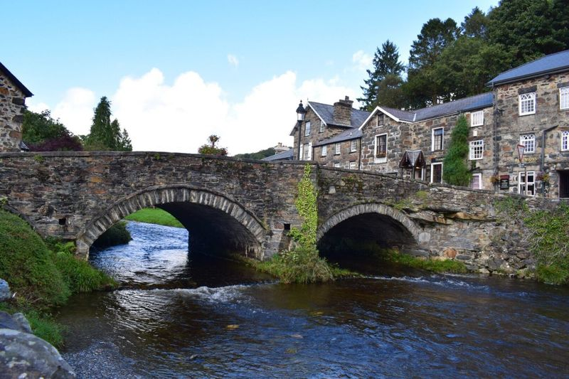 Wales❤ Wales UK Wales Water River Arch Bridge - Man Made Structure Sky Rippled Bridge Outdoors Arch Bridge Beddgelert Eeyem Flowing Water Eeyemphotos Eeyem Photography Eeyemgallery Holiday EeyemBestPhotography