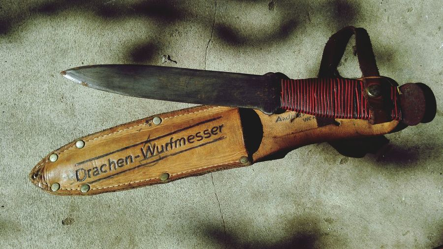 Old Knife Dragon Leather Bag Metalwork Taking Photos Red Silver  Black