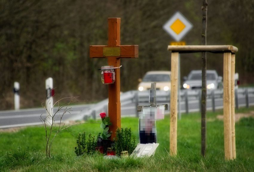 Visible Sign Focus On Foreground Outdoors Grass Trees Candle Road Cars Nature Day Remember Spotlight Wooden Cross AMP PICTURES