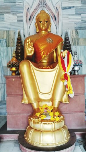 Statue Gold Religion Gold Colored Travel Destinations No People Sculpture Indoors  Day